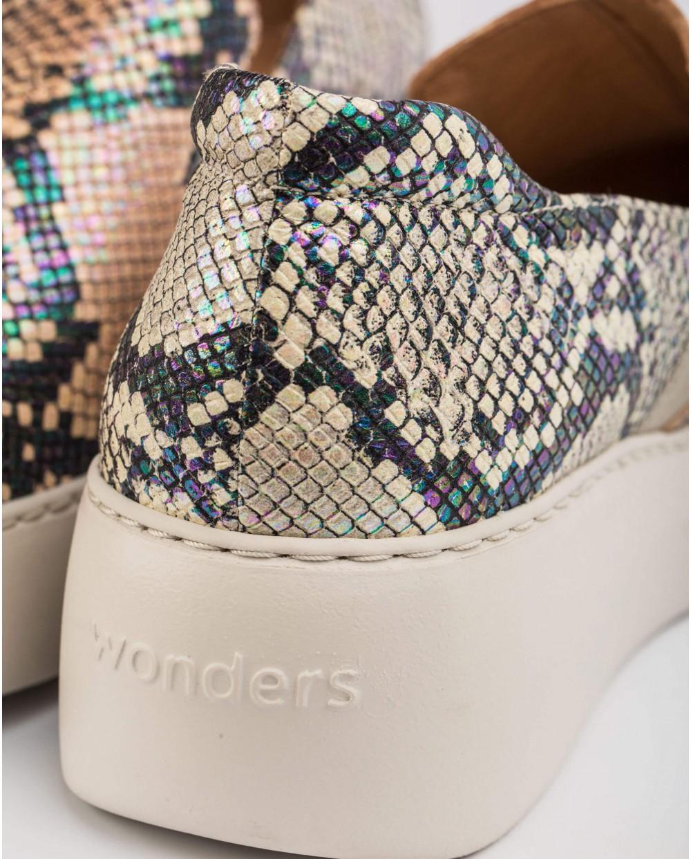 Wonders-Sneakers-Colorful snake print sneaker