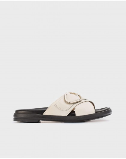 Wonders-Sandals-Flat sandals with buckle