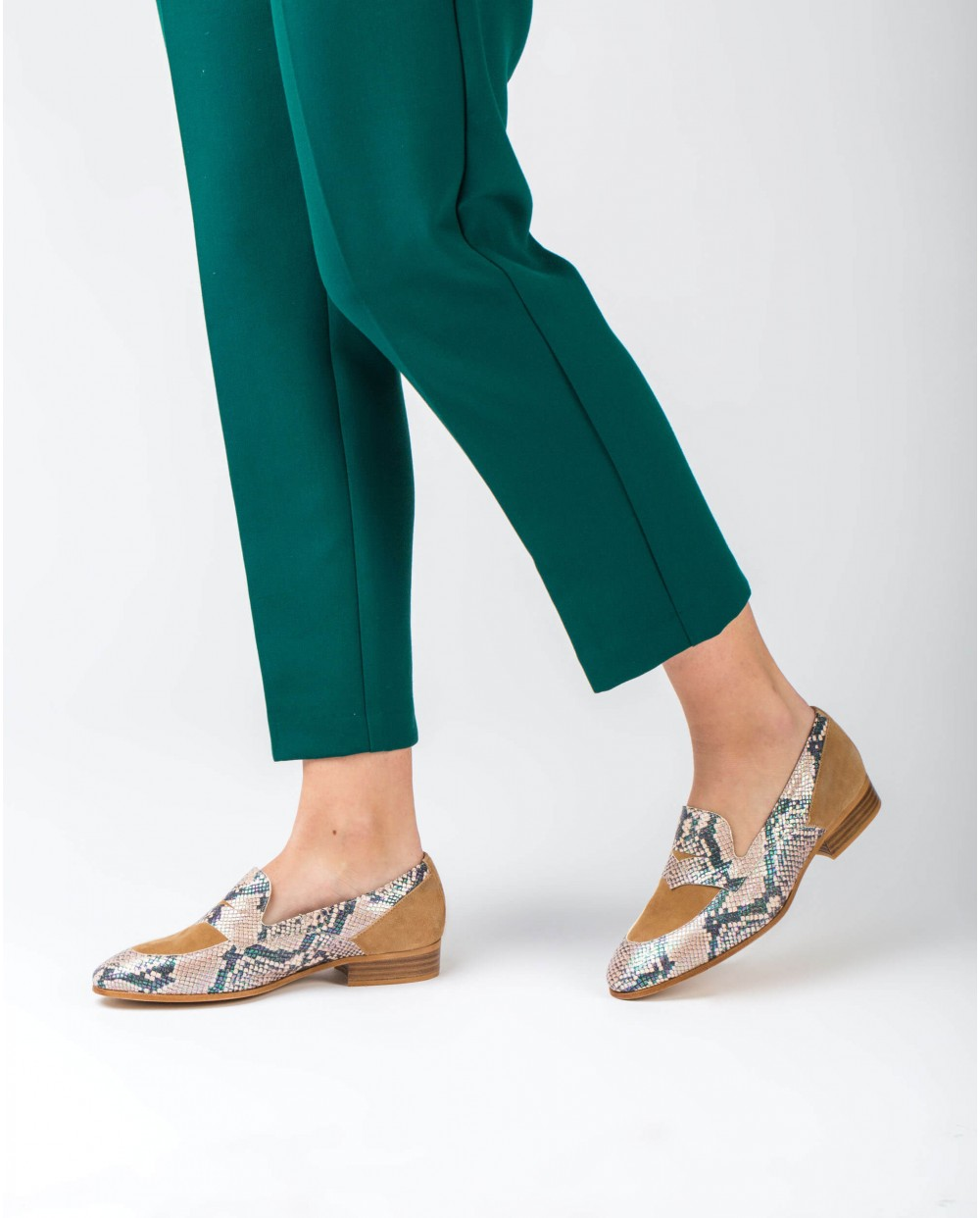 Wonders-Flat Shoes-Snake print leather Penny loafer