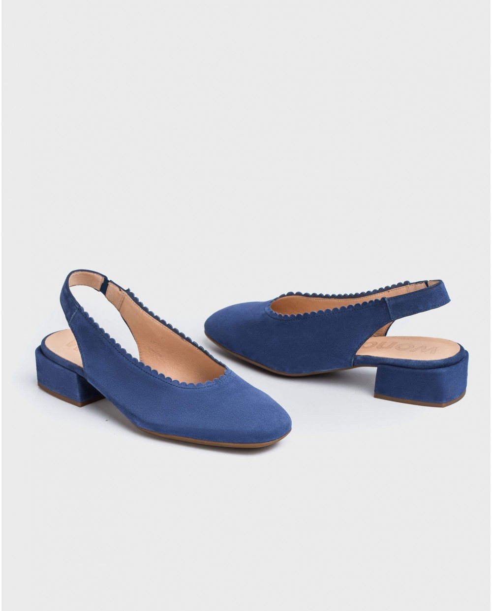 Wonders-Flat Shoes-shoe with a semi-circle cut detail