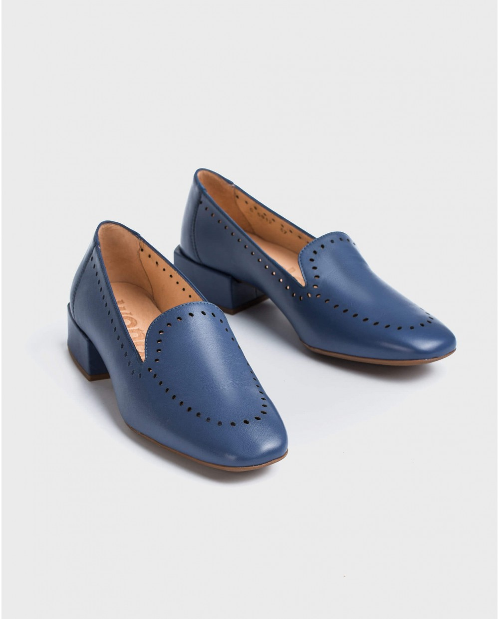 Wonders-Flat Shoes-Leather moccasin with brogue detail