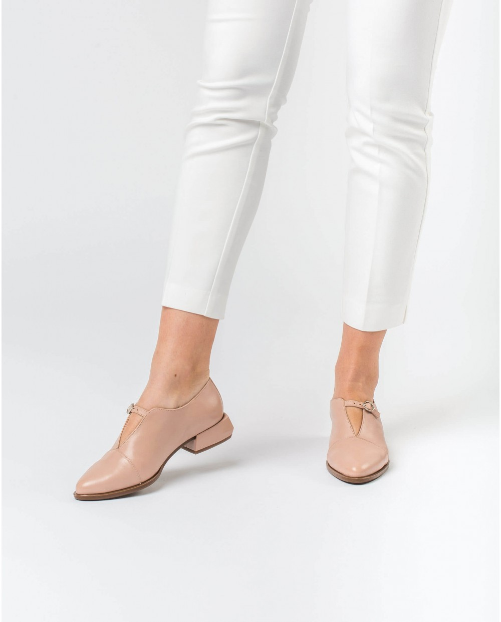 Wonders-Flat Shoes-Leather shoe with buckle