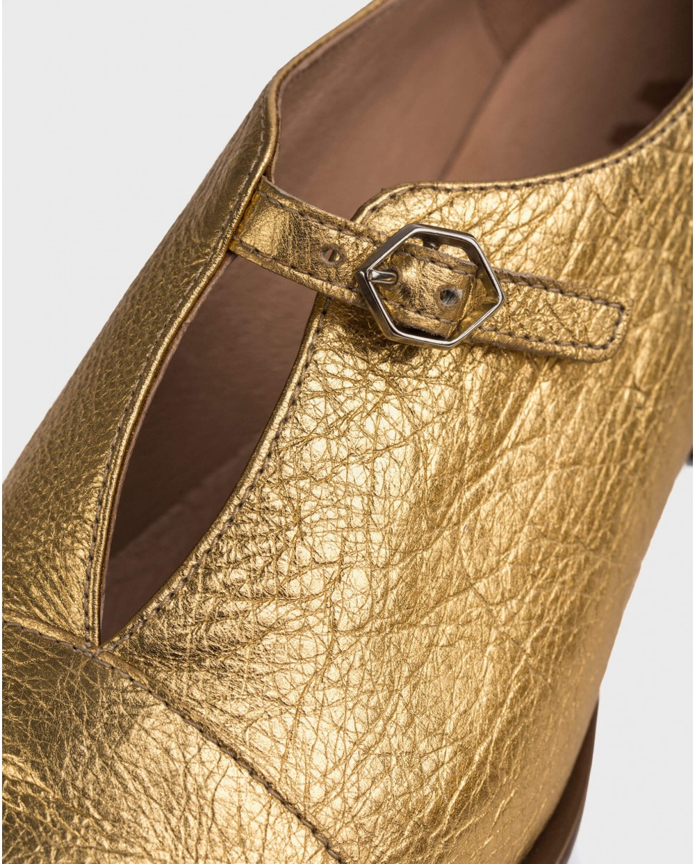 Wonders-Flat Shoes-Shoe with buckle