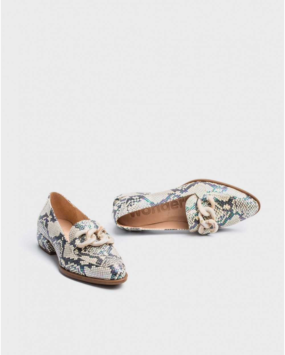 Wonders-Flat Shoes-Moccasins with chain