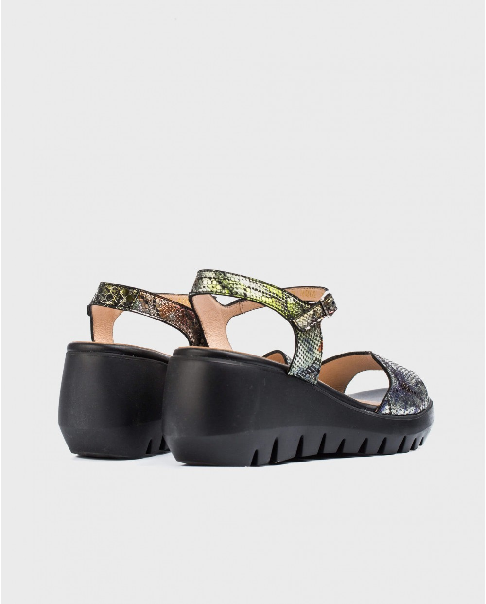 Wonders-Sandals-Scale effect leather wedge sandal