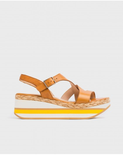 Wonders-Sandals-Leather platform sandal with straps