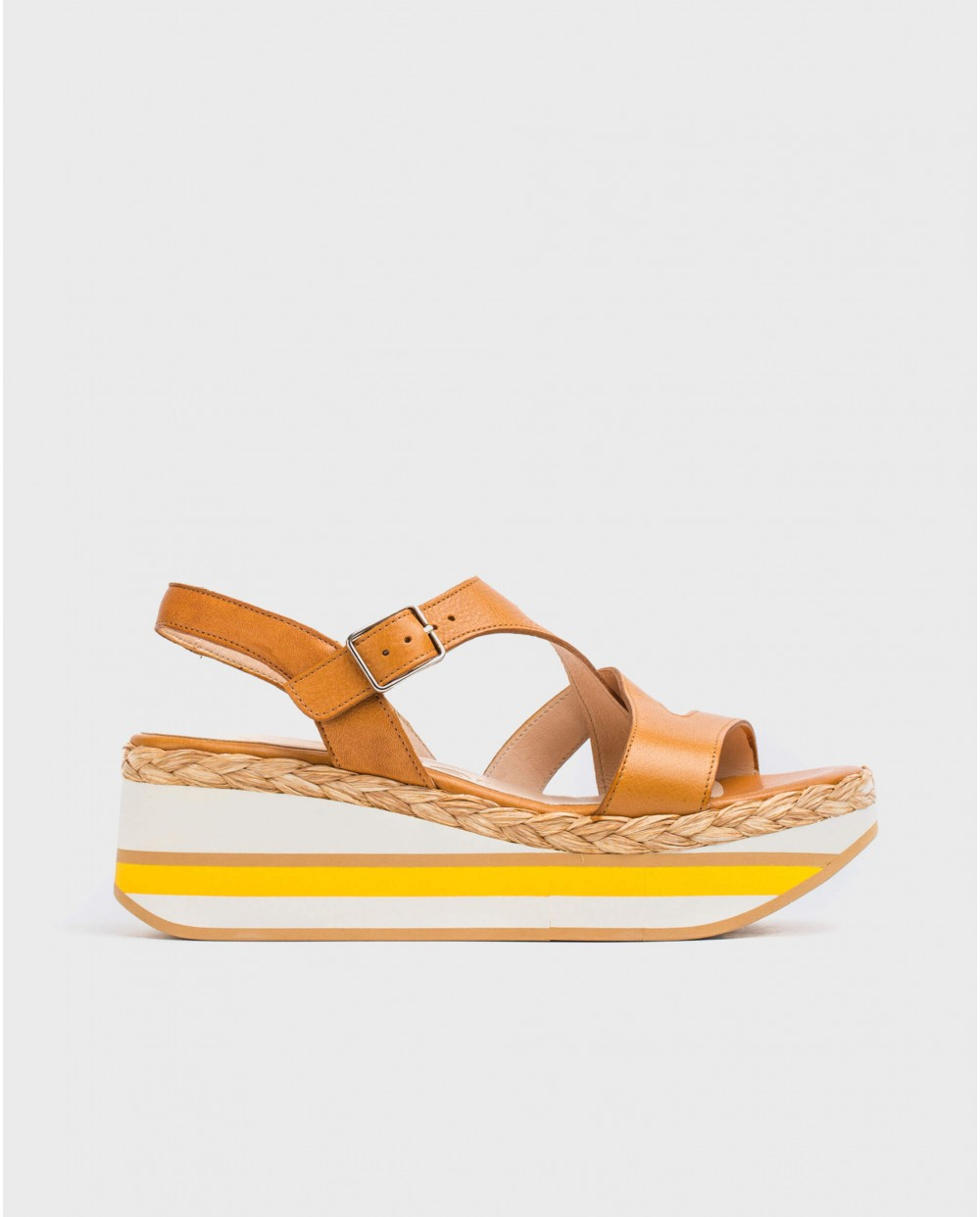 Wonders-Sandals-Leather platform sandal with straps