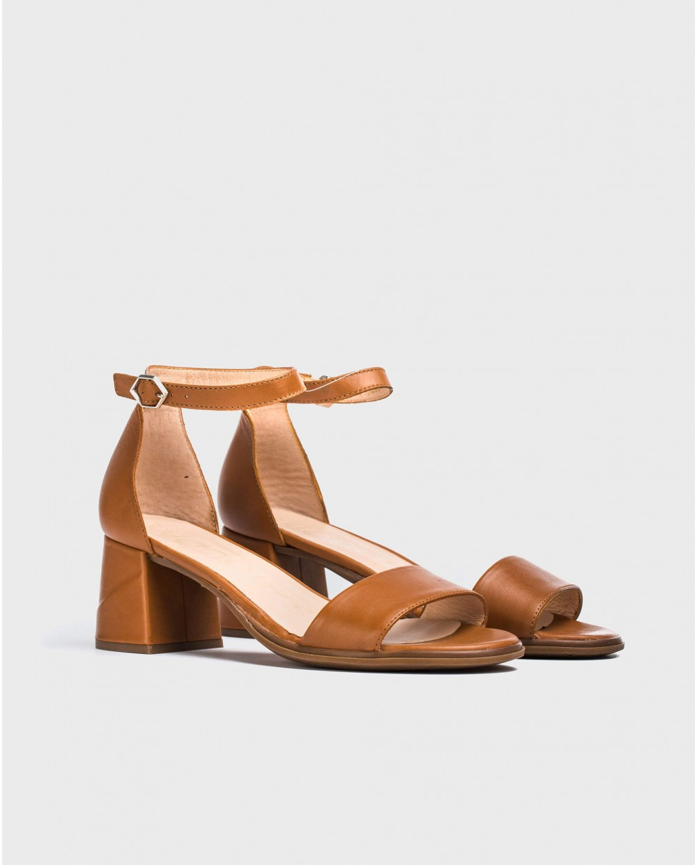 Wonders-Sandals-Leather sandal with square heel