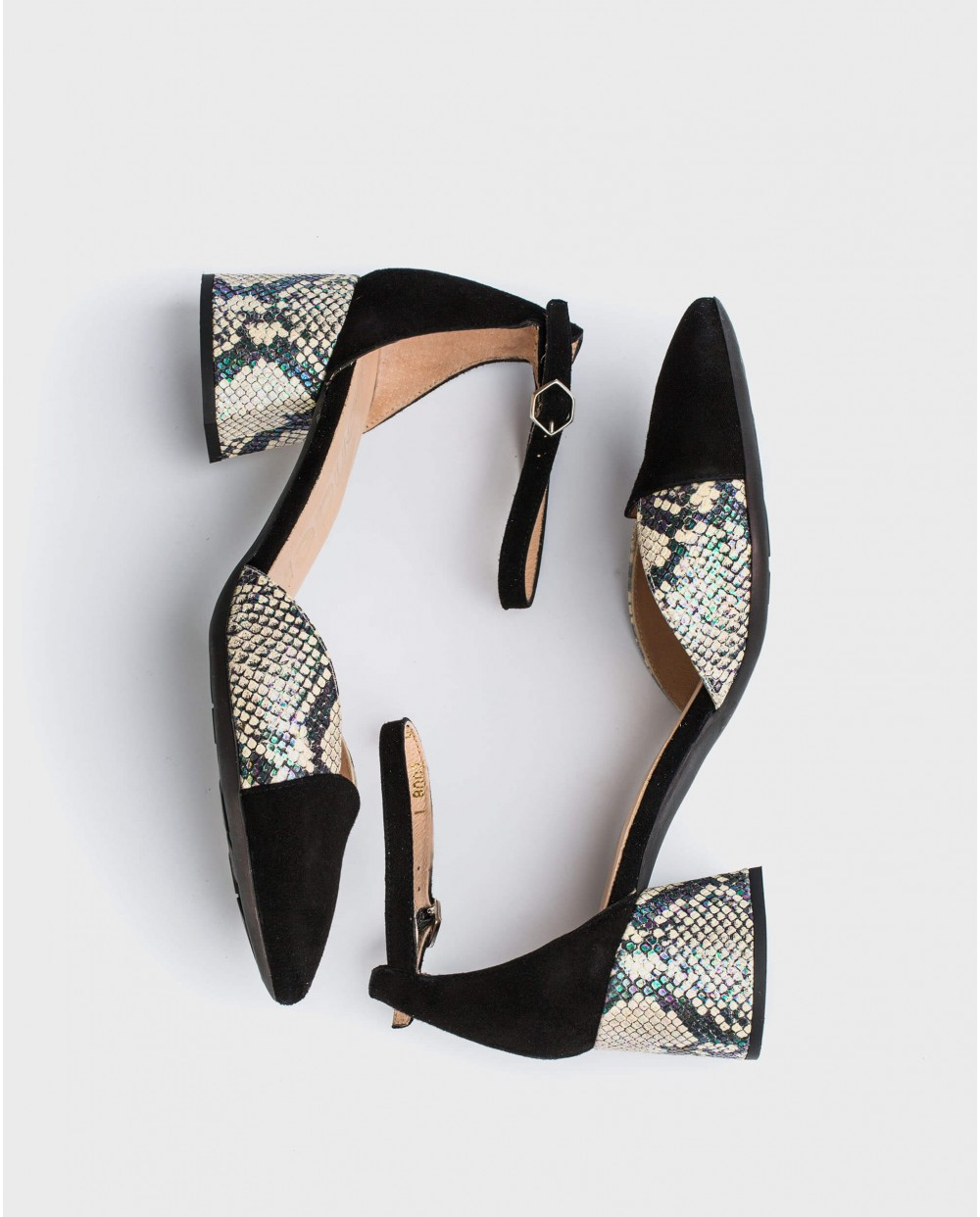 Wonders-Outlet-High heeled shoe with ankle strap