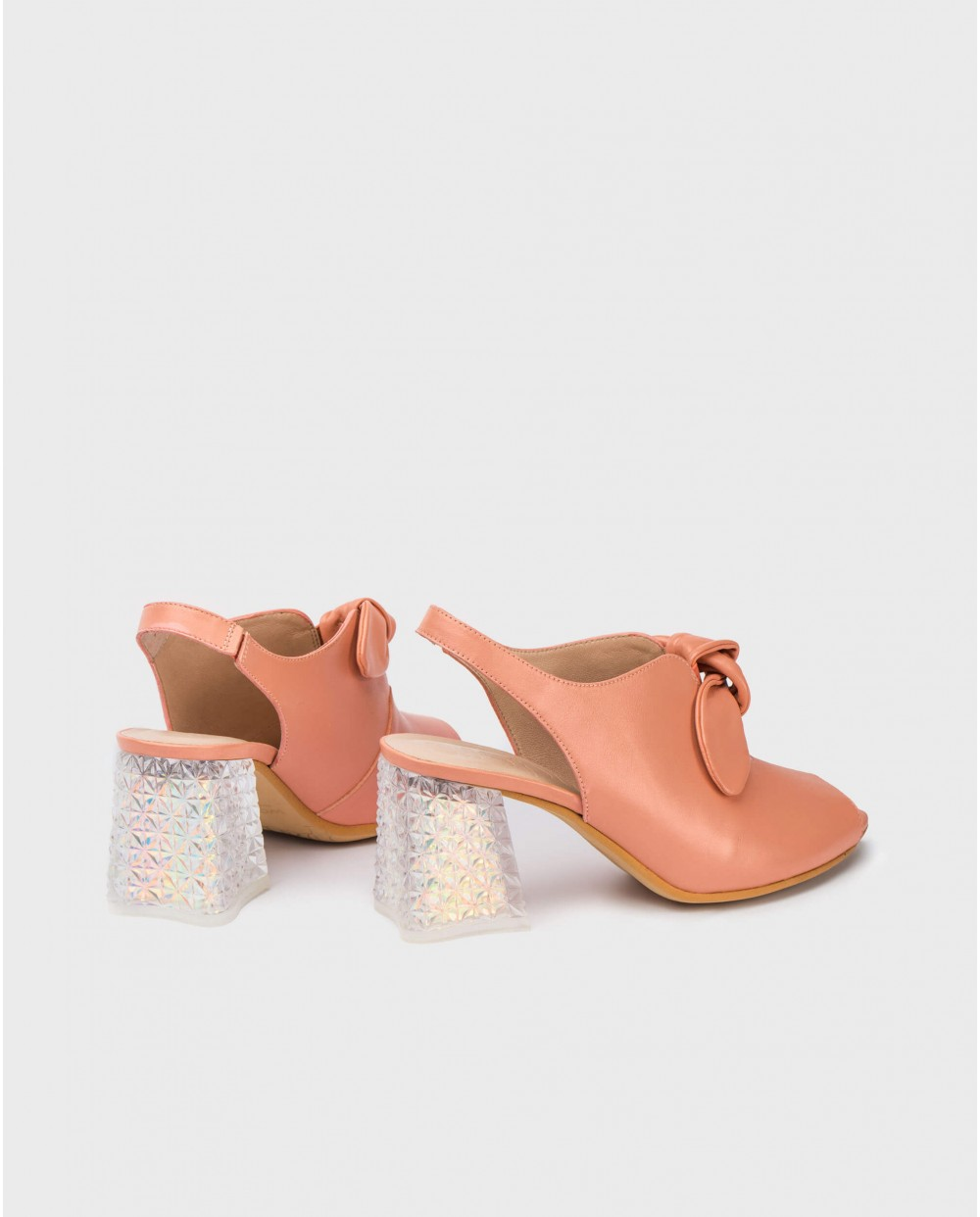 Wonders-Heels-Pee/ toe with bow