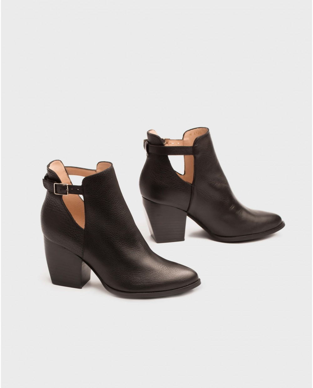 Wonders-Ankle Boots-Cowboy style ankle boot with strap detail