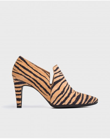 Wonders-Heels-Zebra print boot inspired shoe