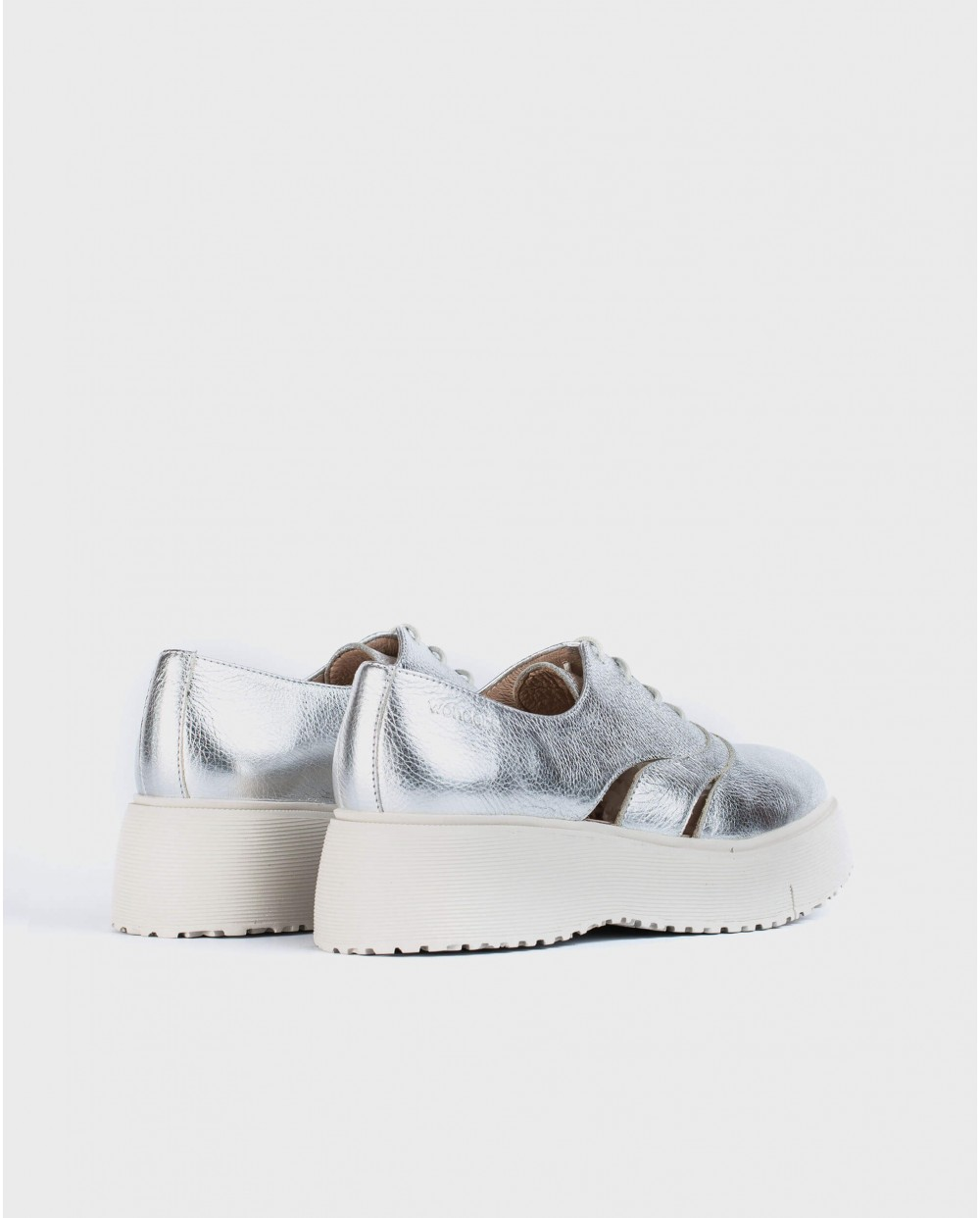 Wonders-Sneakers-Leather sneaker with side cutout detai