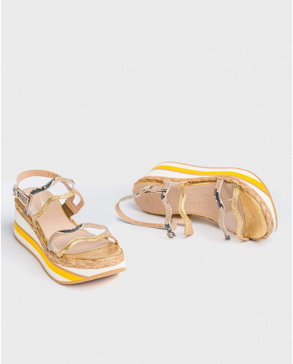 Wonders-Sandals-Sandal with vinyl strap