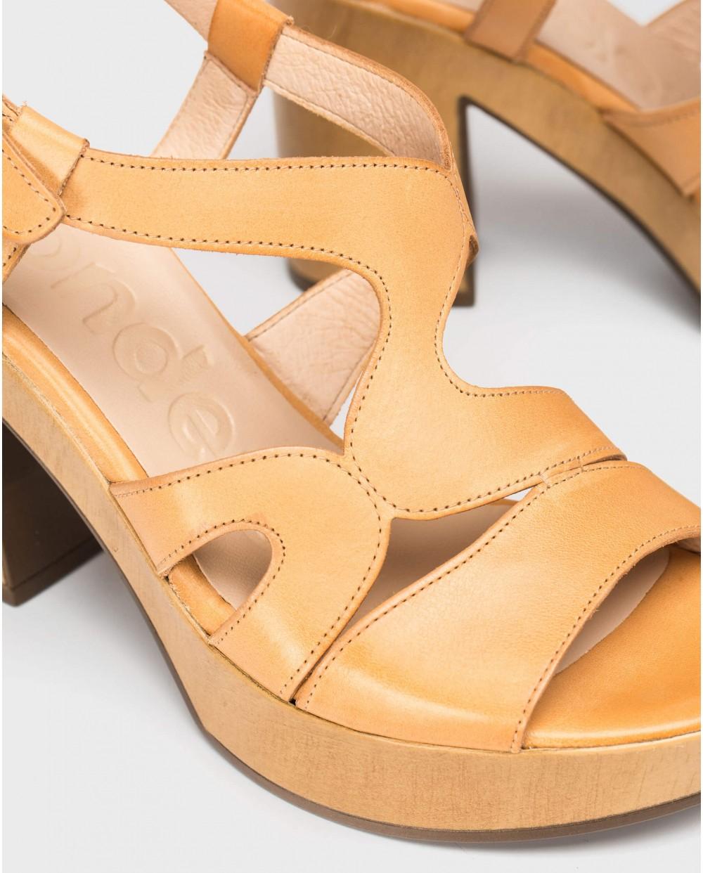 Wonders-Heels-Platform sandal with wavy straps