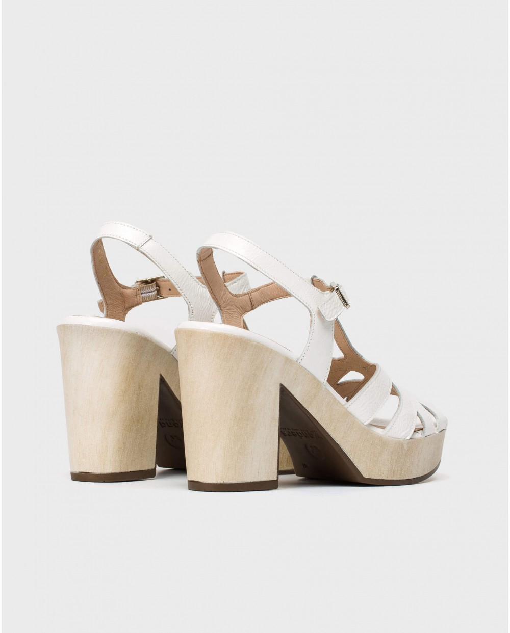 Wonders-Sandals-Leather sandal with intertwined straps