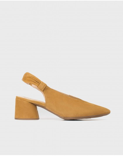 Wonders-Heels-Suede shoe with bow