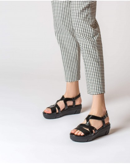 Wonders-Sandals-Patent strappy sandal