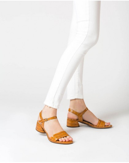 Wonders-Outlet-Mock croc leather sandal