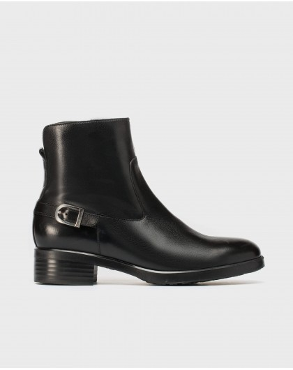 Wonders-Ankle Boots-Boot with buckle detail