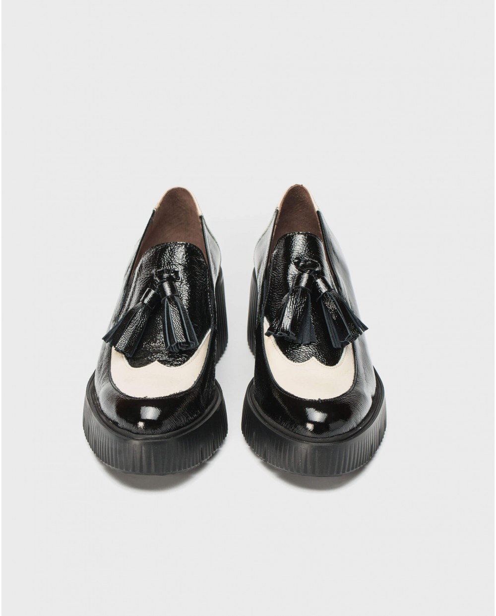 Wonders-Flat Shoes-Platform moccasin with tassel