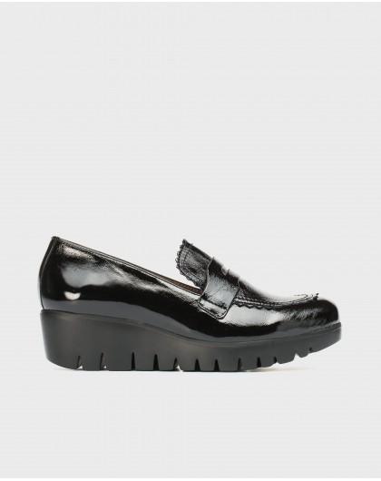 Wonders-Zapatos planos-Mocasín charol solapa ondas