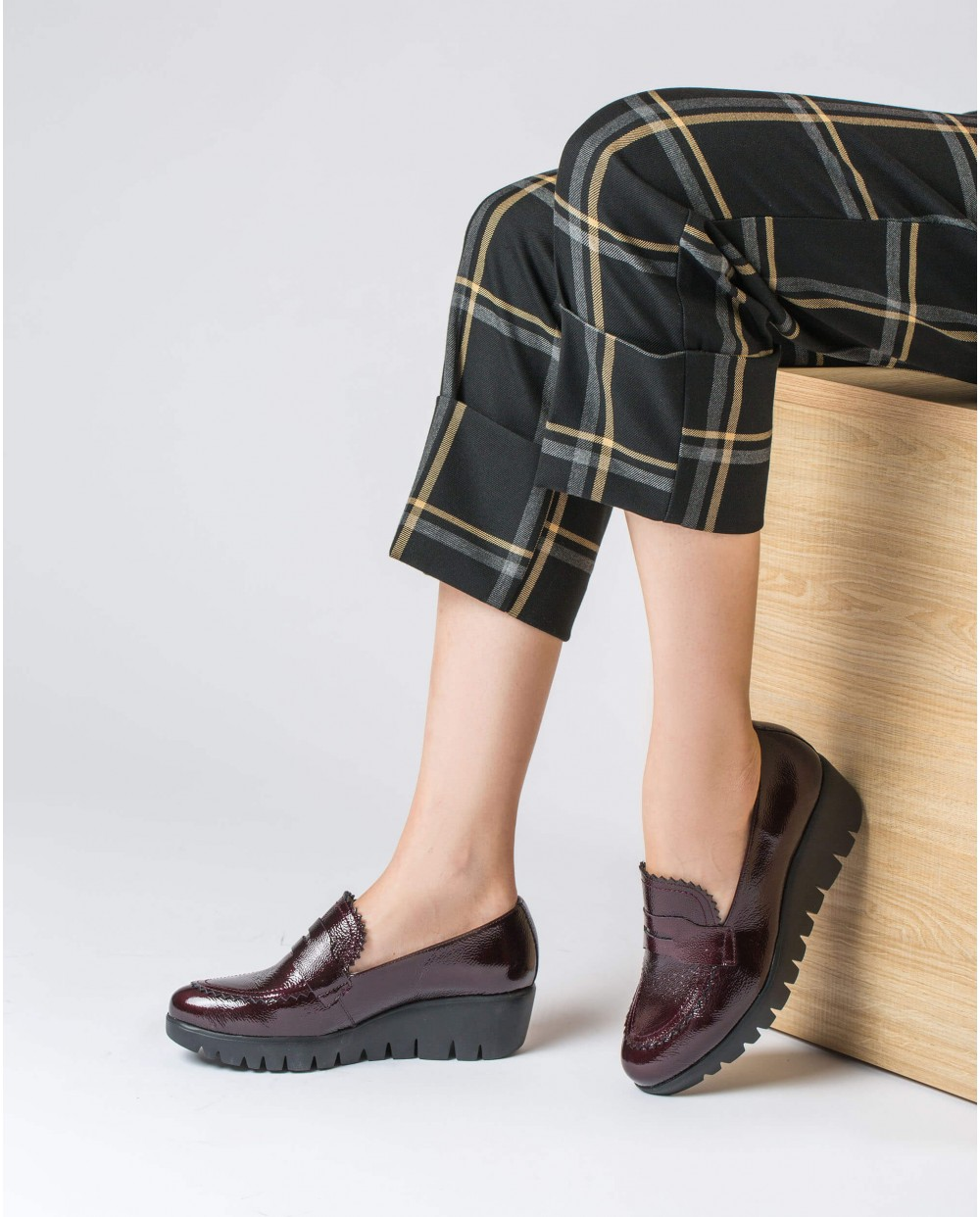 Wonders-Outlet-Wedge shoe with flap