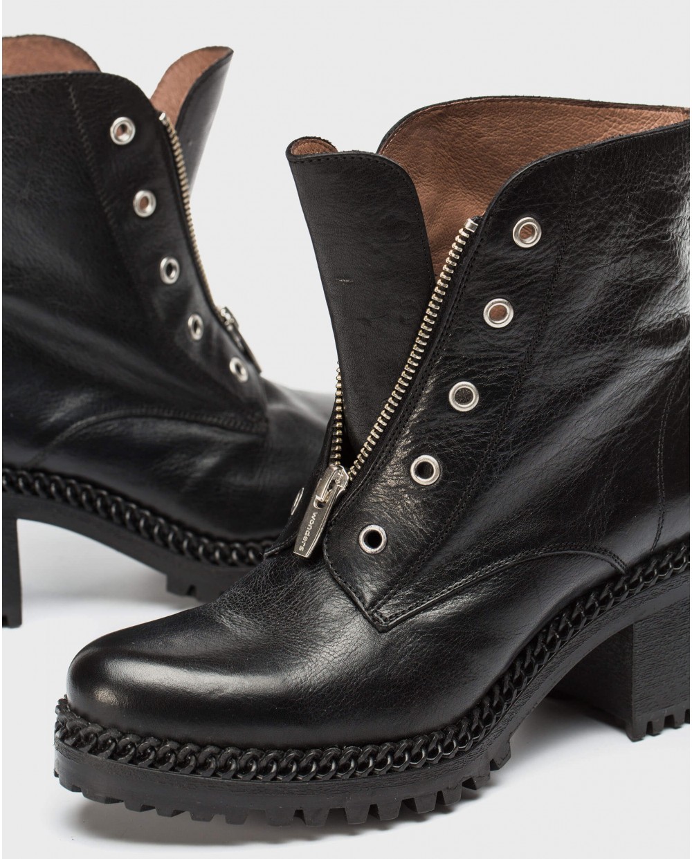 Wonders-Ankle Boots-Biker ankle boot with centre zip