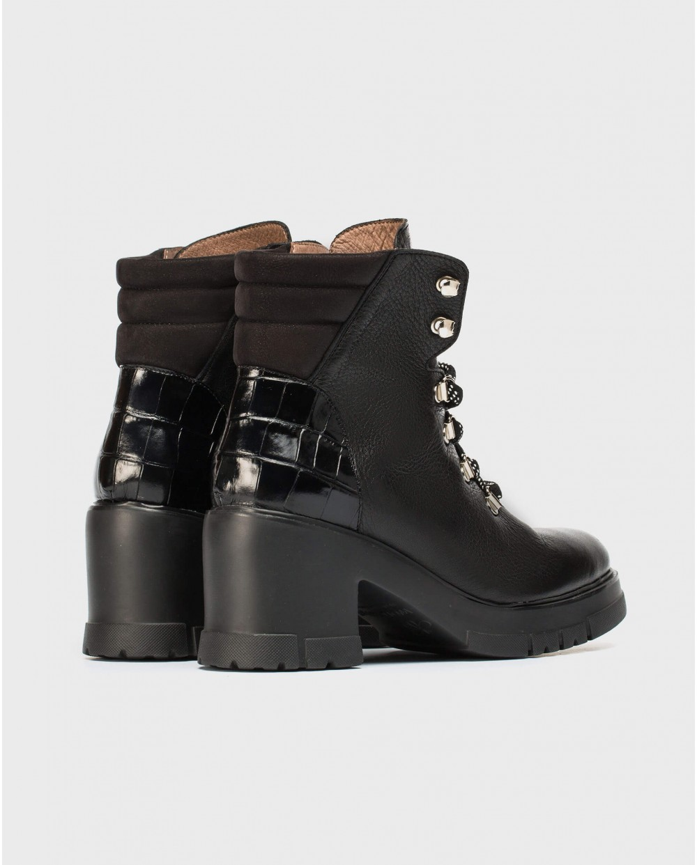 Wonders-Ankle Boots-Ankle boot with shoelace closure