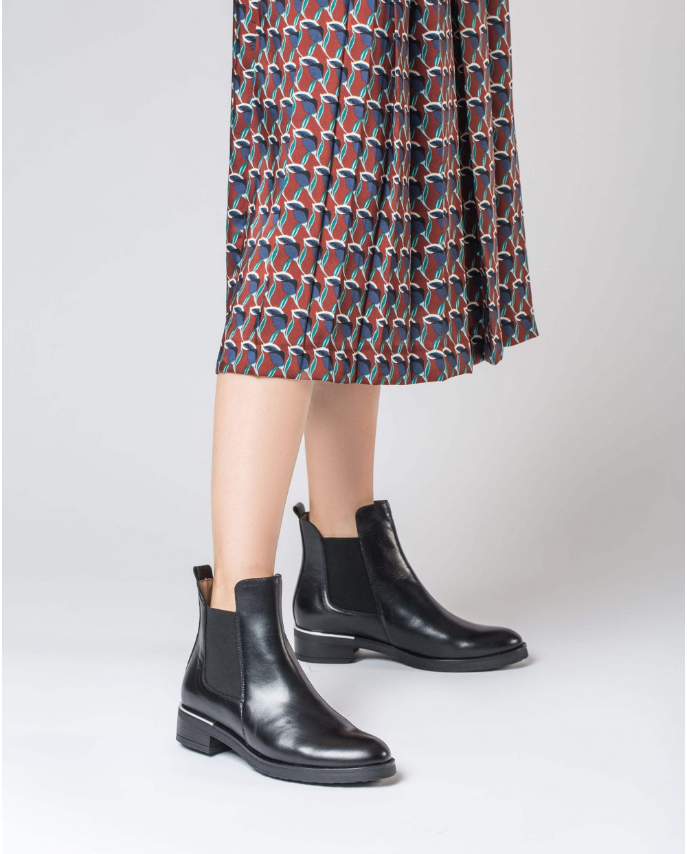Wonders-Ankle Boots-Flat ankle boot with elastic