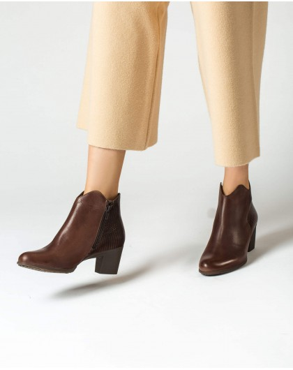 Wonders-Outlet-Asymmetric ankle boot