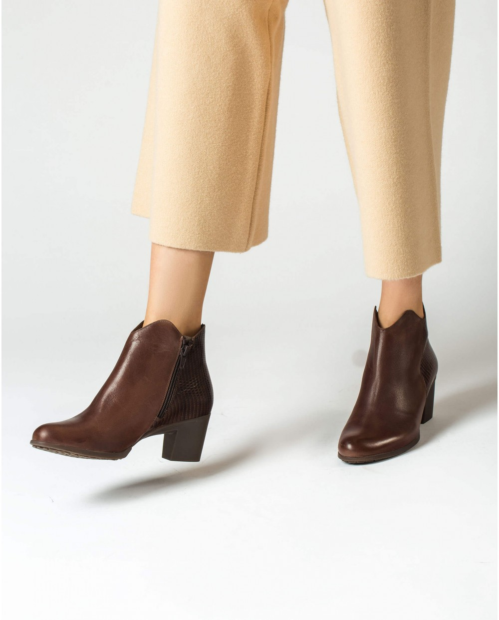 Wonders-Ankle Boots-Asymmetric ankle boot