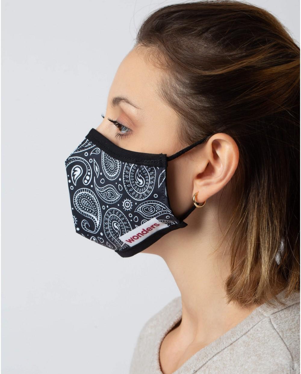 Wonders-Accesories-Bandana print Face Mask