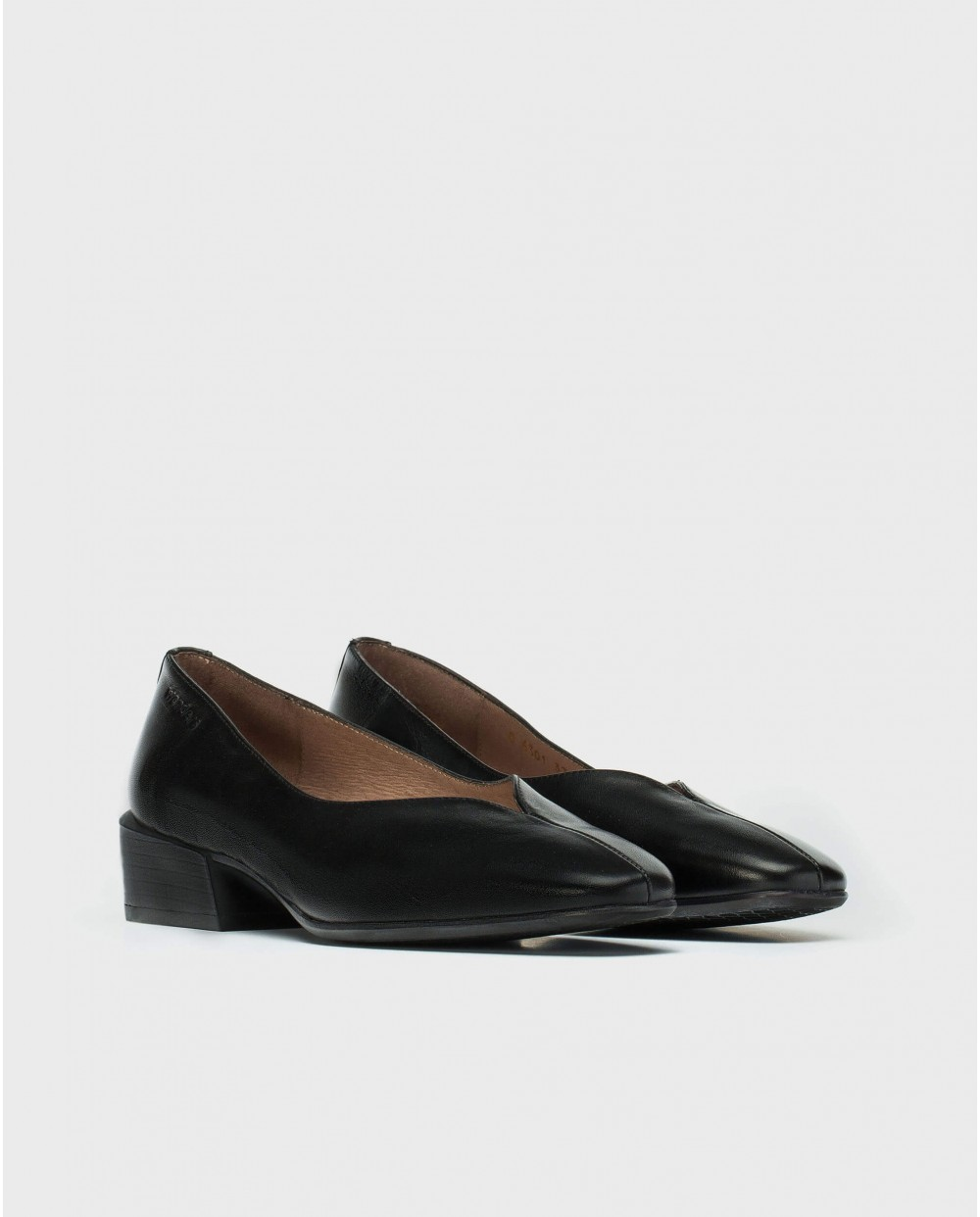 Wonders-Flat Shoes-Moccasins with cut out detail