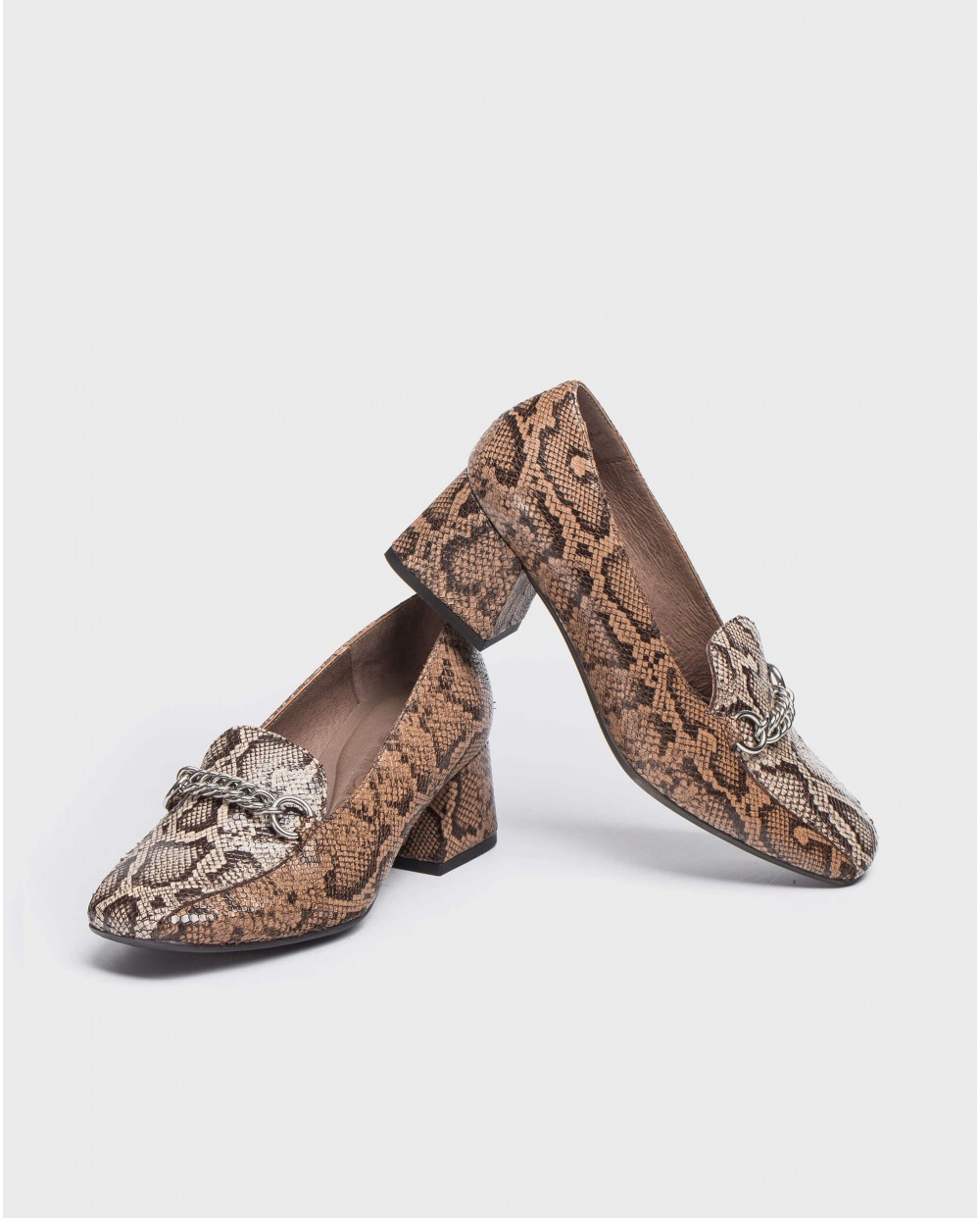 Wonders-Flat Shoes-High heeled moccasin with chain