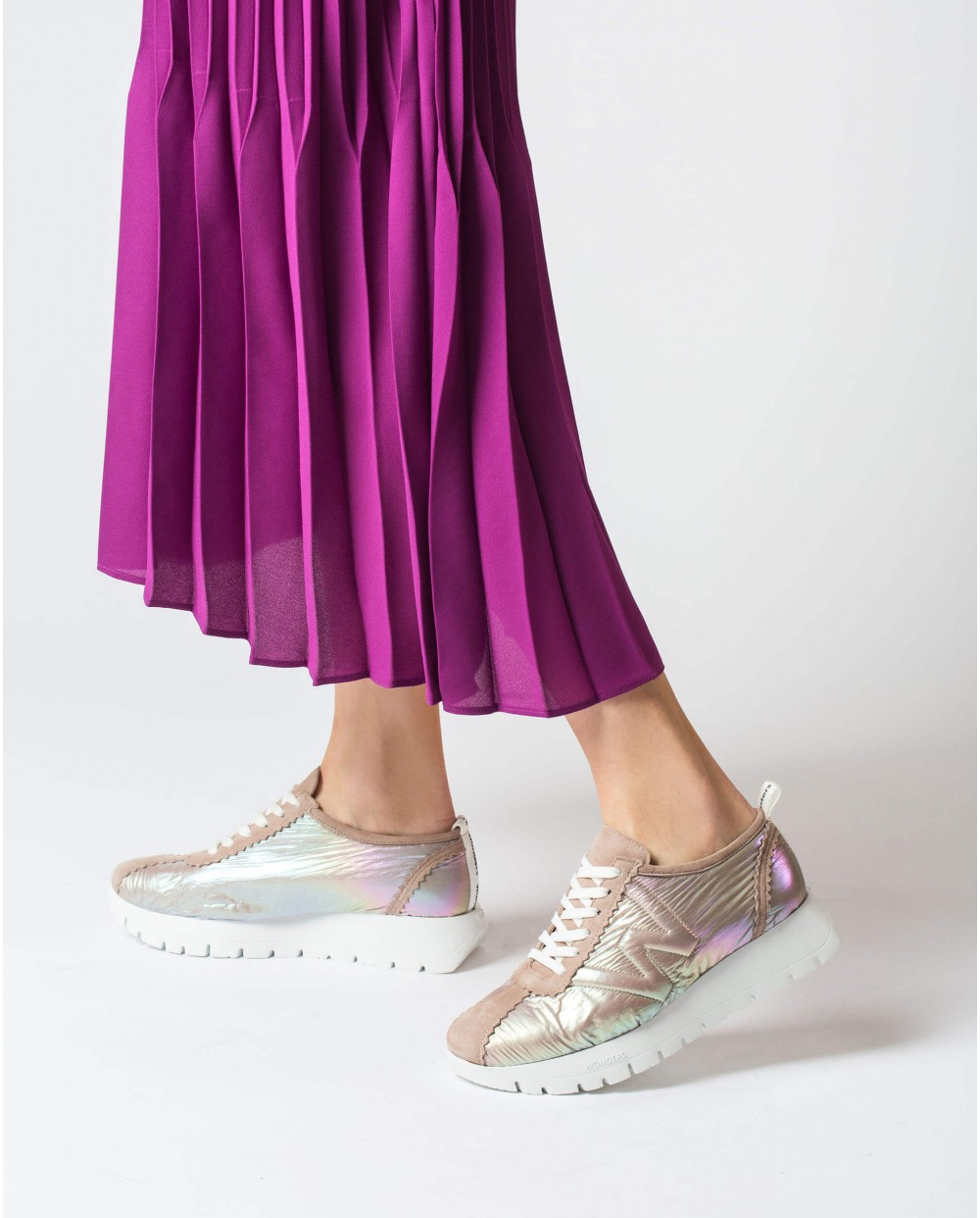 Wonders-Flat Shoes-Sneaker with shoelaces