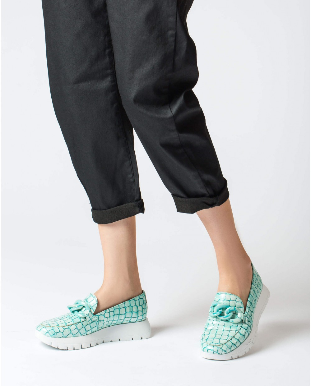 Wonders-Flat Shoes-Patent leather chain moccasin