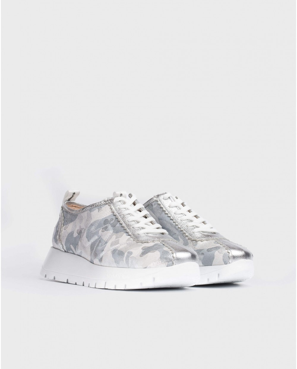 Wonders-Flat Shoes-Embossed leather sneaker