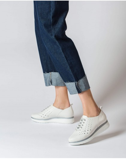 Wonders-Flat Shoes-Leather sneakers with elastic detail