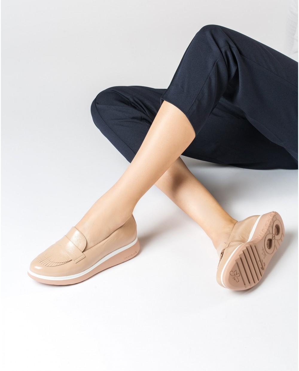 Wonders-Flat Shoes-Patent leather moccasins with fringe detail