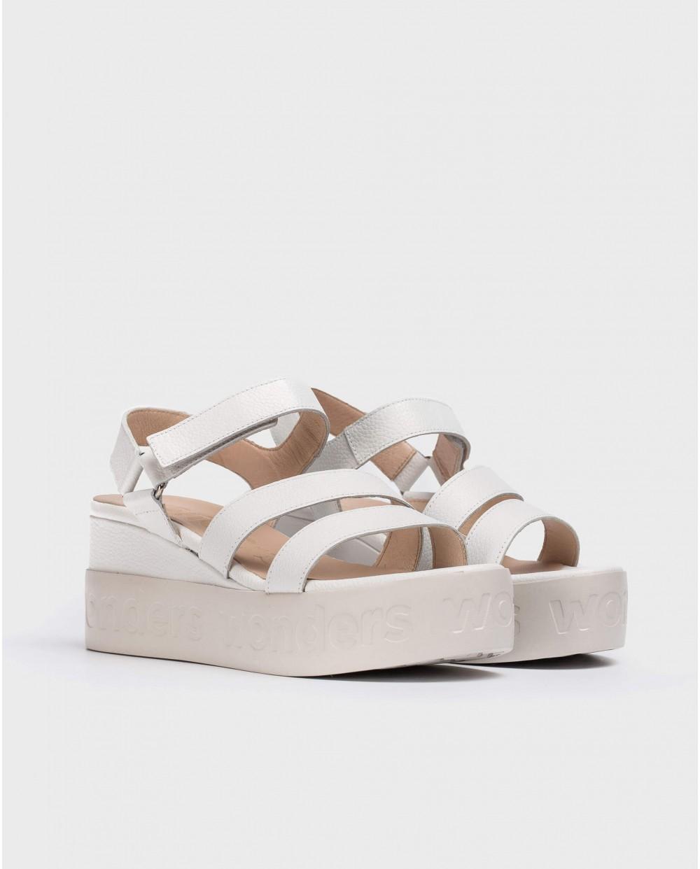 Wonders-Outlet-Platform sandal with logo