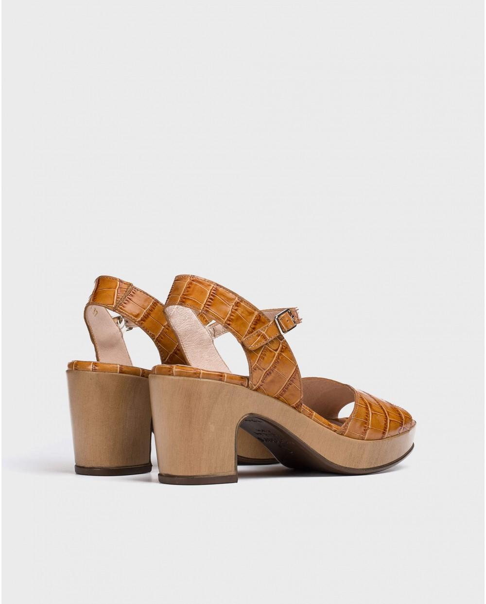 Wonders-Heels-Platform sandal with irregular strap
