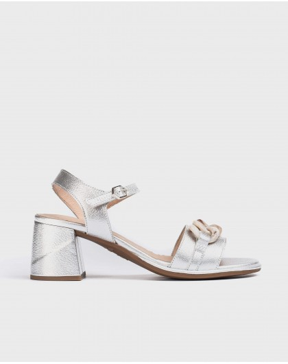 Wonders-Heels-Leather sandal with chain