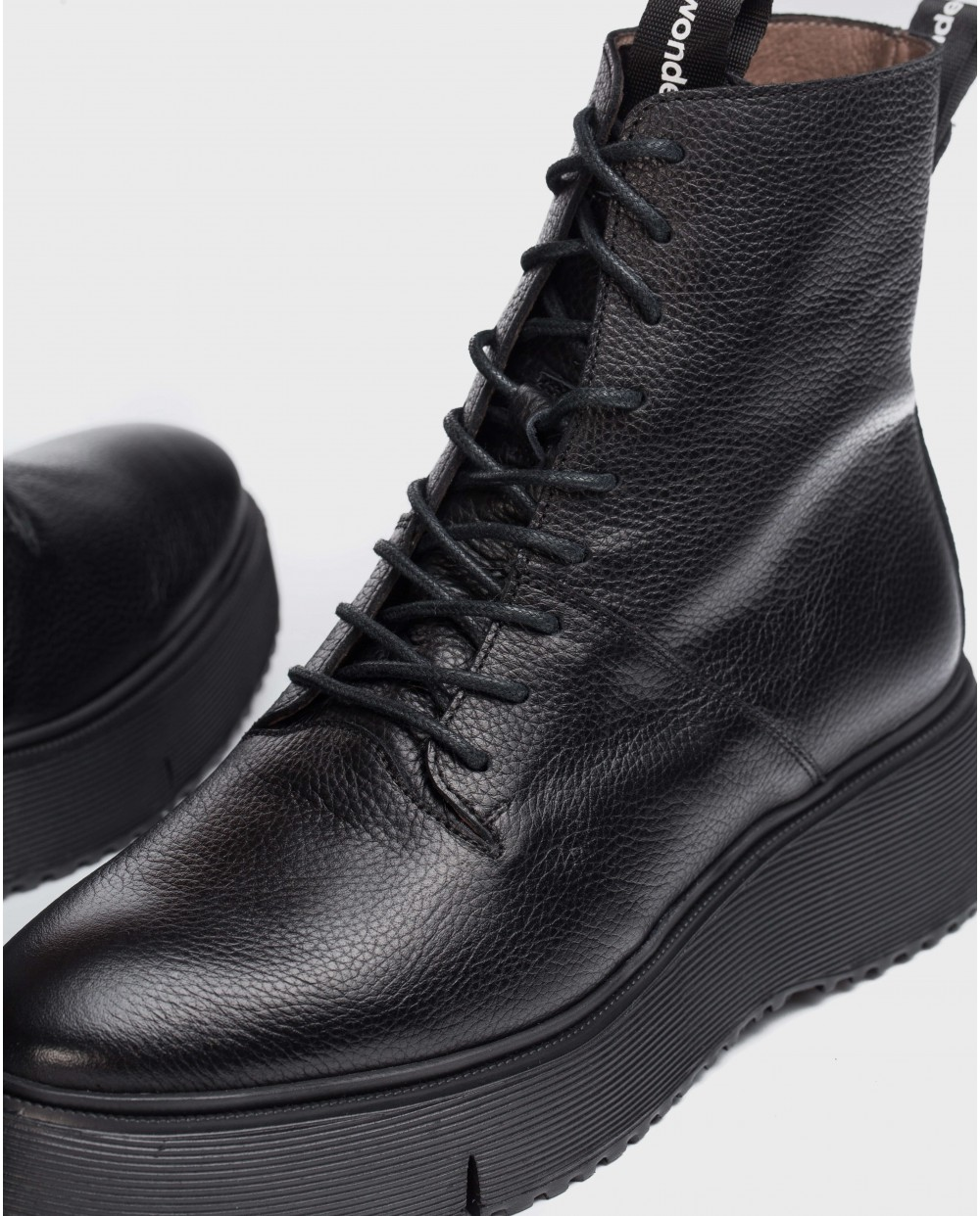 Wonders-Ankle Boots-Black Bristol Ankle boot