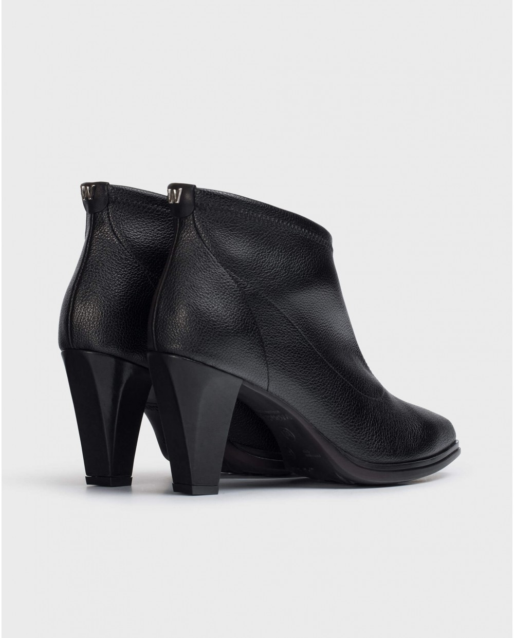 Wonders-Ankle Boots-Black Elastic Ankle Boot