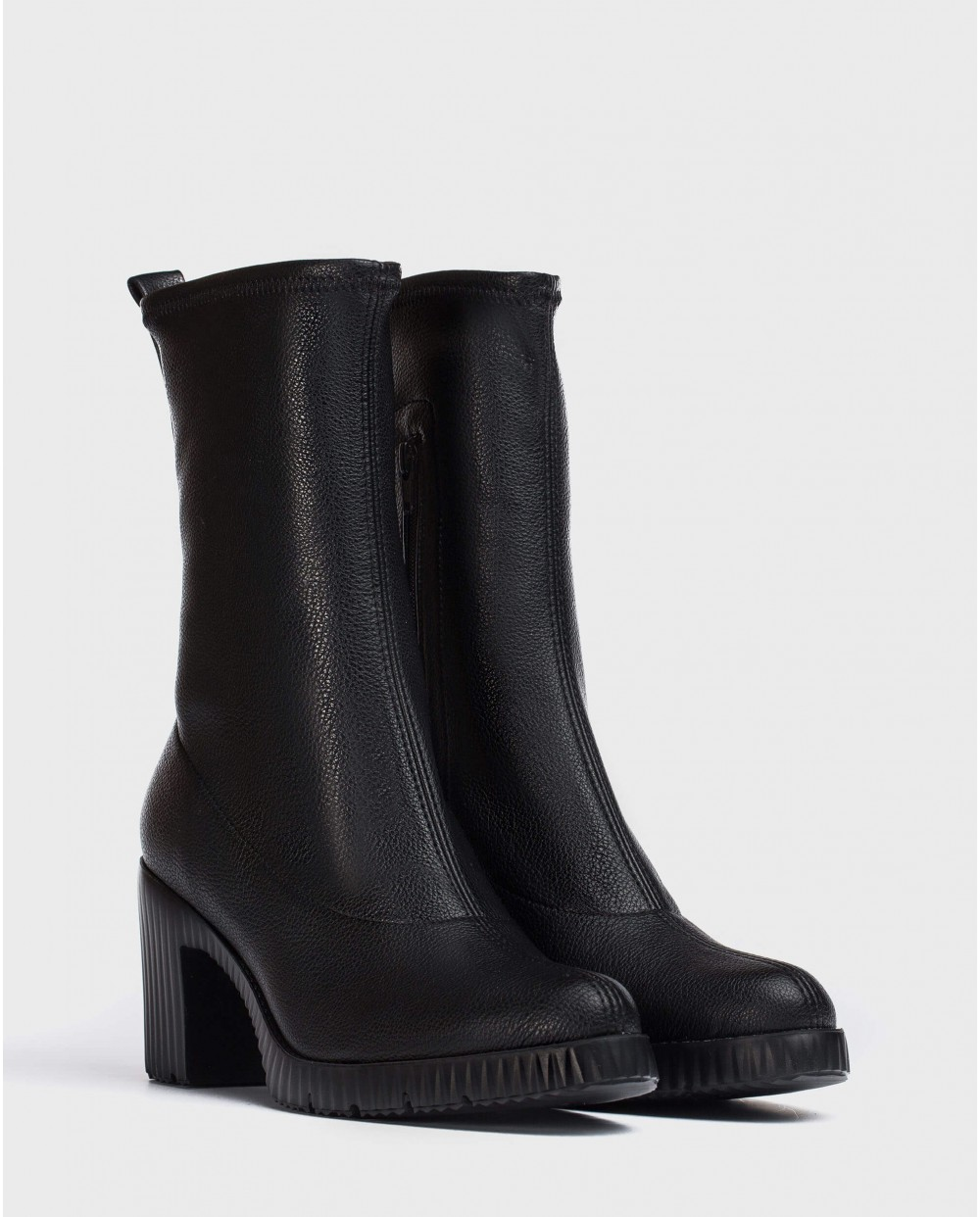 Black ankle boot Moi