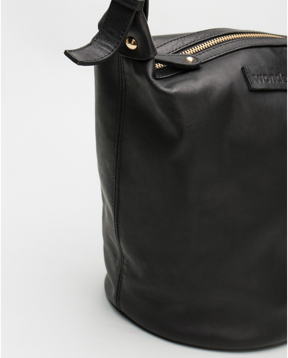 Wonders-Bags-Leather crossbody bag