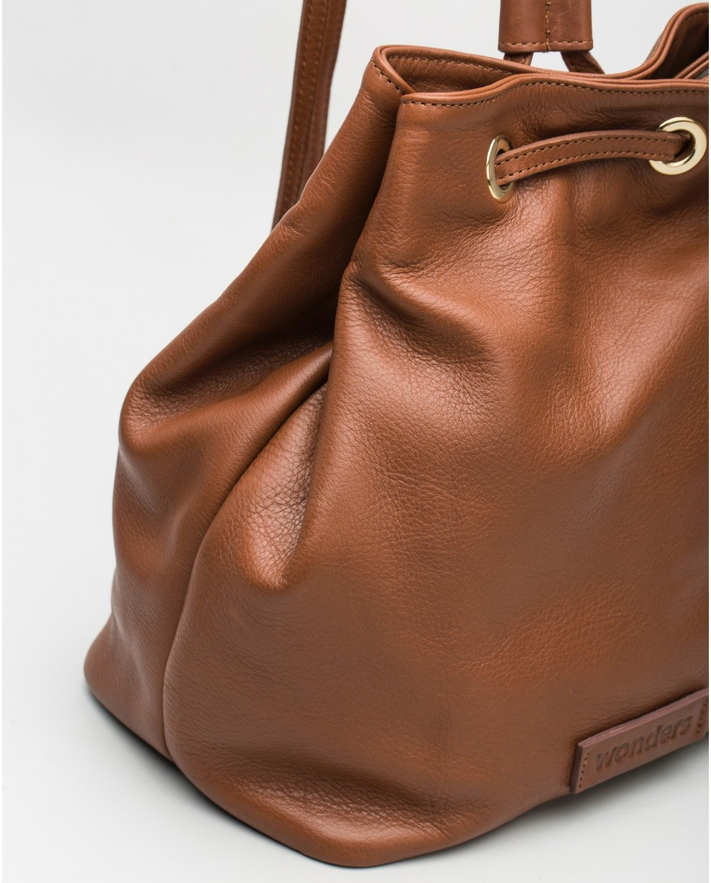 Wonders-Bags-Leather backpack