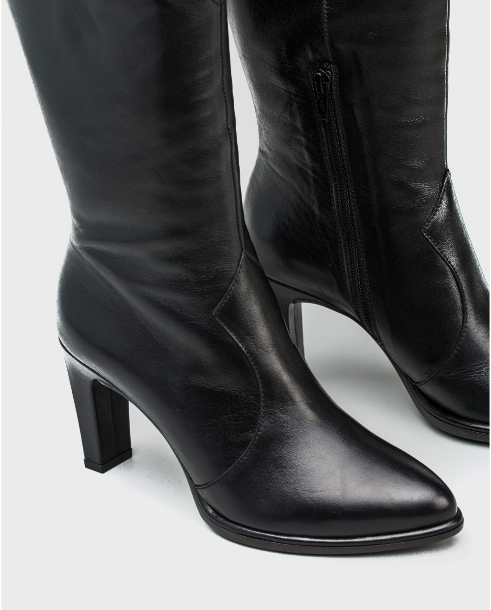 Wonders-Boots-Leather ankle boot with V throat