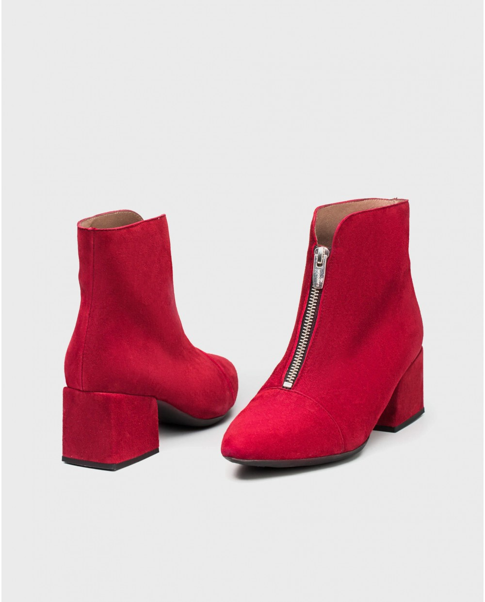 Wonders-Outlet Women-Suede leather ankle boot with front zip design